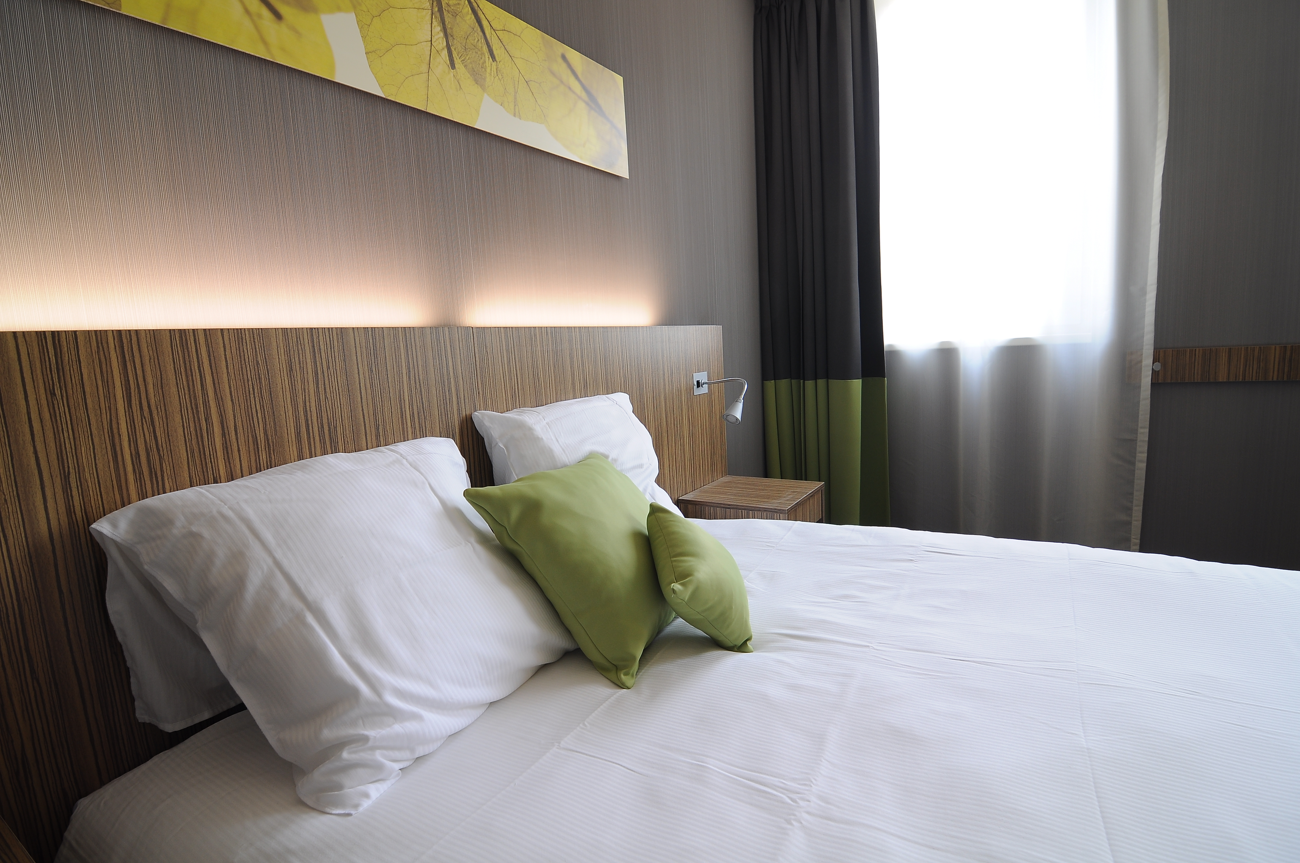 The Best Western Hotel Brussels South Is Located Along E19 Paris Motorway Just A Few Minutes Drive From Centre Of